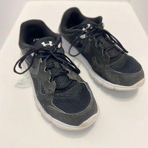 Under Armour Black Athletic Shoes (Men's 11.5)